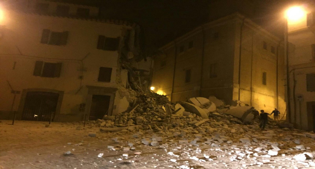 "<span style=""font-size: 24px;""><font face=""Impact"">The earthquake strikes central Italy </font></span>"